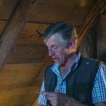 Pepi mit der Maultrommel in der Lanfthütte
